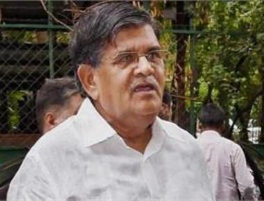 Kataria abuses former PM Manmohan Singh, Congress condemns