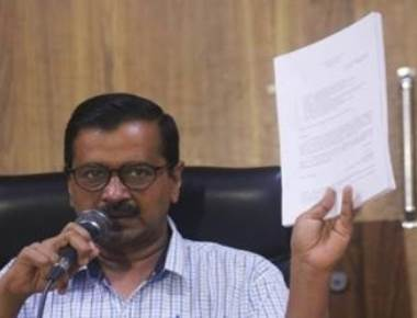 Reduce excise by Rs 10, demands Kejriwal