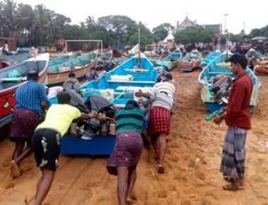 141 Kerala fishermen still missing in Cyclone Ockhi