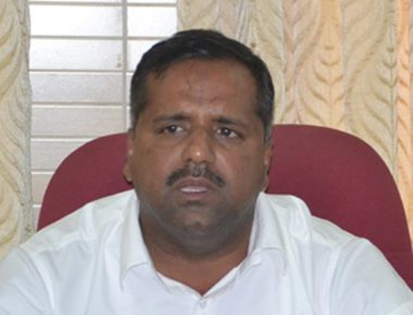 Khader defends inaction against doctor