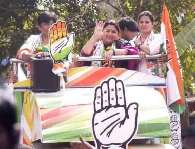 Congress brings Kushboo to woo Tamils in city
