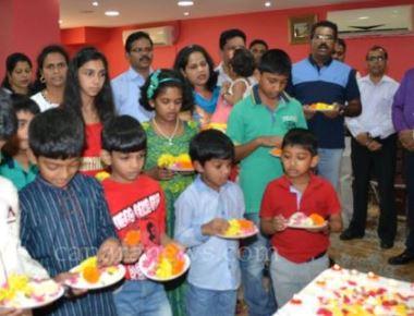 Dubai: Karaval Milan, Dubai Celebrated Monthi Festh.