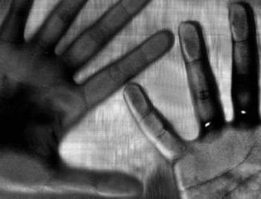 Kolkata woman raped by neighbour in front of daughter