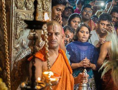 Shivarajkumar visits Krishna Mutt