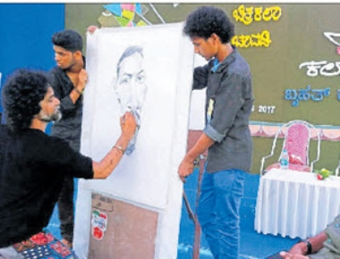 Open art exhibition at Kadri concludes