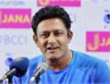 Kumble proposes 150 percent hike for Grade A players
