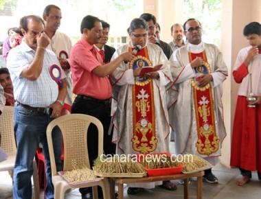KCWA celebrates Monthi feast with devotional fervour