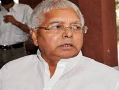 Lalu dares BJP to declare Paswan chief ministerial candidate