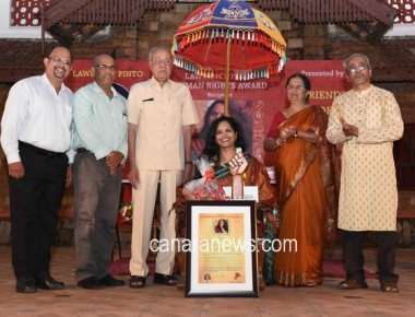 Lawrence Pinto Human Rights Award was Conferred to Ms.Vidya Dinkar