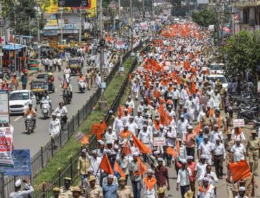Lingayats hold huge rally in Kalaburagi for separate religion