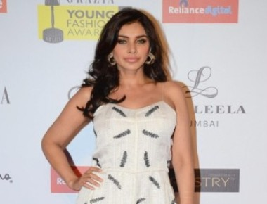 Lisa Ray to perform stunts in 'Ishq Forever'
