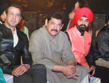 Bollywood Stars mesmerise at LOHRI Celebrations of Punjabi Cultural Heritage Board.