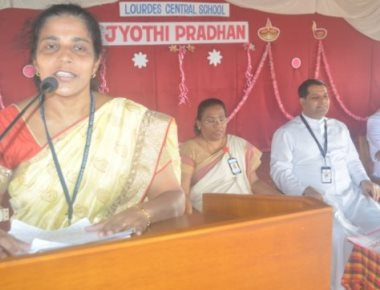 Lourdes bids farwell to outgoing seniors at 'Jyothi Pradhan'