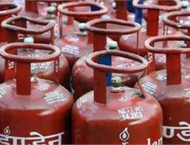 LPG price hiked by Rs 2, kerosene by 26 paisa