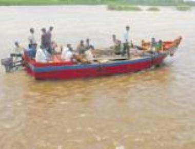 Krishna continues to swell with water from Maharashtra