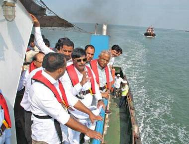 Minister seeks ?600 crore for development of 12 ports