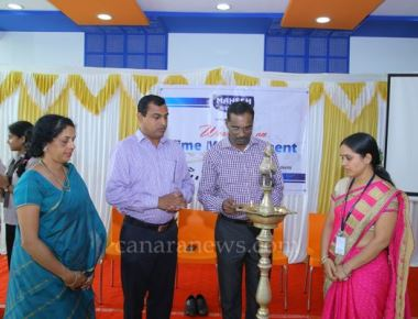Workshop on time management held at Mahesh high school