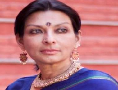 Mallika attacks Modi for not condoling mother's death