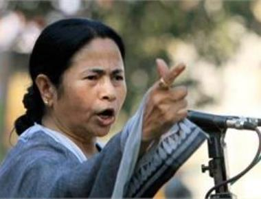BJP distorting history to create rift among people: Mamata