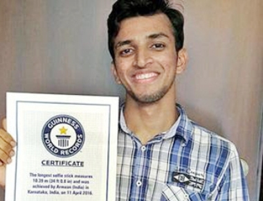 Manipal student in 'Guinness World Records' for longest selfie stick