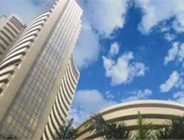 Budget offers tax balm, Sensex shoots up 486 points