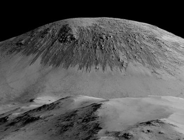 Major breakthrough: There's strong evidence of liquid water on Mars, says NASA