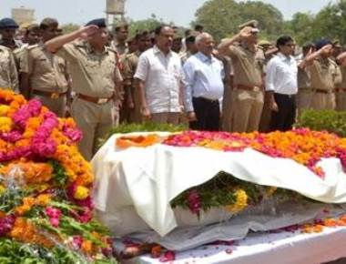 Mathura violence: Killed SP's kin seeks murder trial of SSP, DM