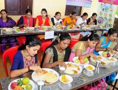 Poor turnout of pregnant women at launch of Matru Poorna Yojane