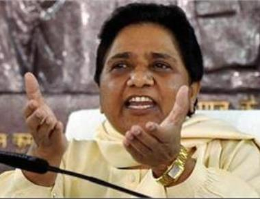 BSP will rather fight alone than beg for seats in alliance: Mayawati
