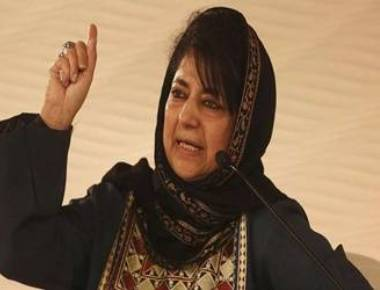 Mehbooba to hold meeting, apprise PDP leaders on J&K deadlock
