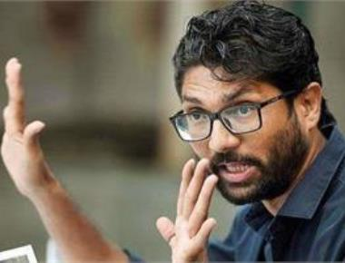Cong declares final list, supports Mevani in Vadgam