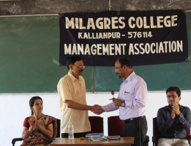 Day-long workshop on stock market, mutual funds held at Milagres College, Kallianpur