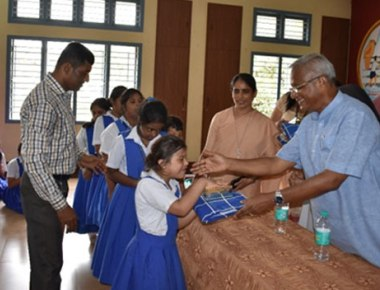 St Milagres Cooperative celebrates Independence Day with mentally challenged children