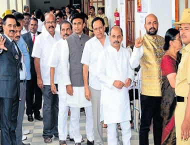 Except 2, all K'taka MLAs vote in Prez poll