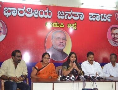 Malavika Avinash upset with Congress for not giving permission for Yatra