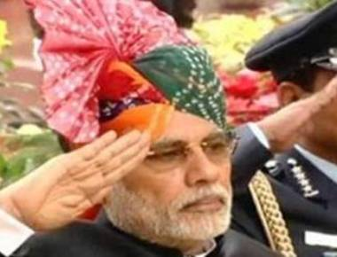 Modi, Obama cheered at Rajpath
