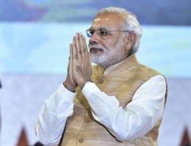 Modi makes courtesy calls on Vajpayee, George Fernandes
