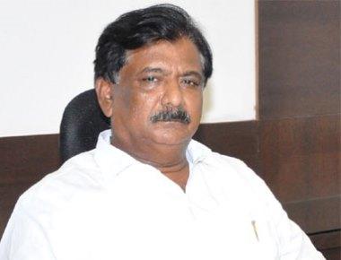 Congress leader U K Monu gets death from Ravi Poojary