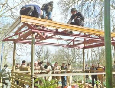 Governor fills Kashmir transition gap