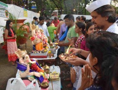 Gauri Ganpati Immersion on seventh day at Shivaji Park, Dadar