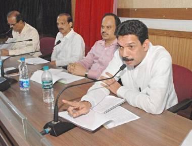 Reactivate Jan Dhan accounts, Nalin Kumar Kateel tells banks