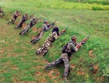 C'garh: Naxals blow up police vehicle; 5 cops killed, 2 injured