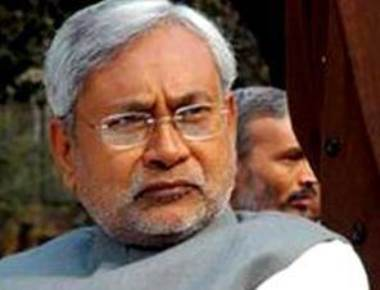 Nitish announces liquor ban in Bihar from April 1