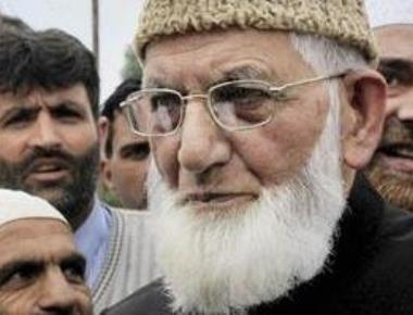 Detention drama in Kashmir ahead of NSA talks