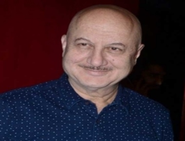 Anupam turns 63, spends day shooting in NY