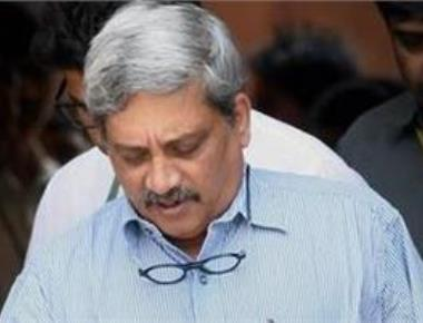 Parrikar lauds HAL, ADA on induction of Tejas planes