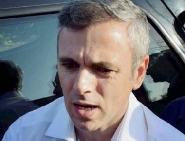 Omar meets Guv, says NC favours mid-term polls over horse-trading