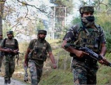 Pak forces cross LoC, behead two Indian soldiers