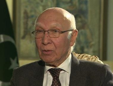 Pakistan calls off NSA-level talks, hell bent on raking up Kashmir; India terms decision 'unfortunate'