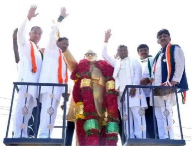 Parameshwara launches parallel yatra, claims no rift with CM